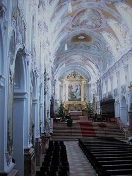 churchバロック 身廊 (2).jpg